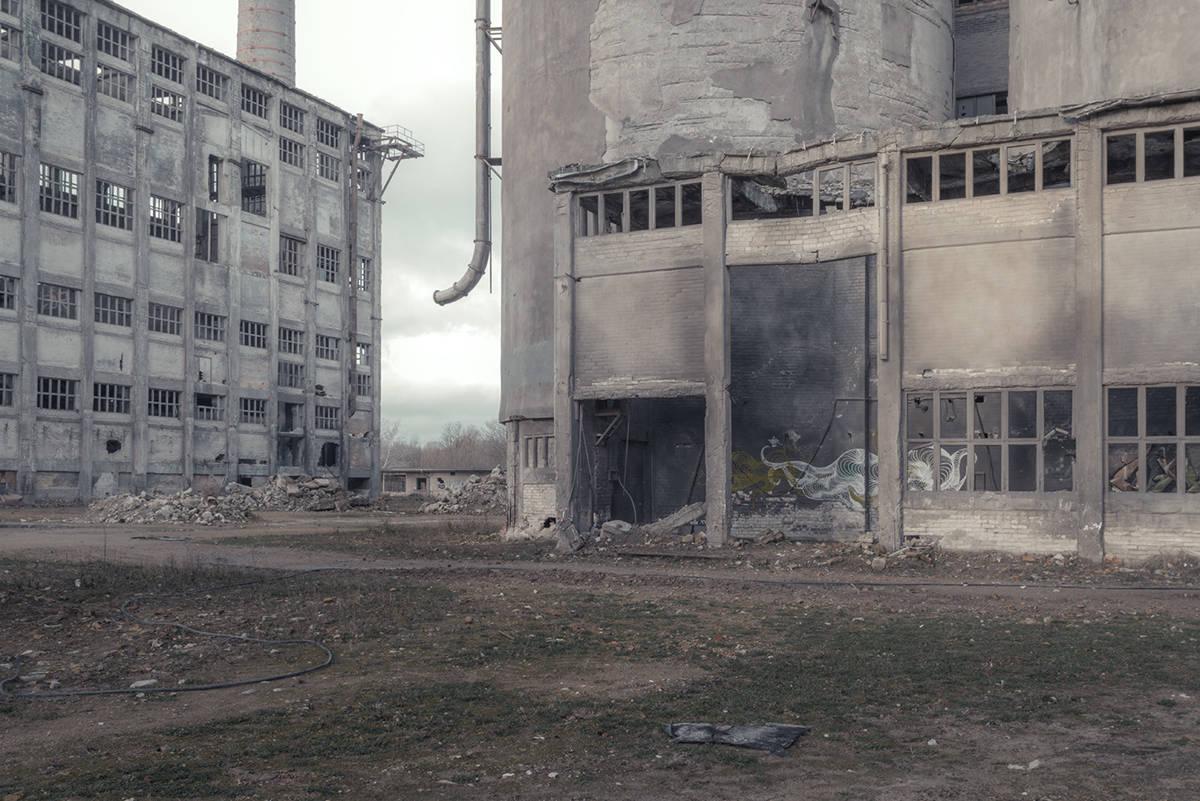 modern-ruins (12)
