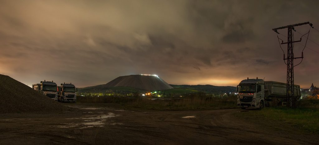 closer-to-the-matter-epilogue-saltmountain-at-night-image-by-markus-lehr